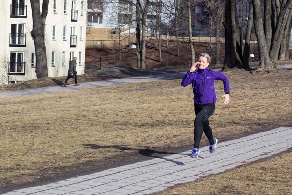 Spurt - trening utendørs - klinisk ernæringsfysiolog Anne Marie Skjølsvik